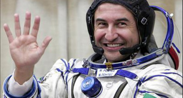 Astronaut Marcos Pontes supports RoboCup 2014